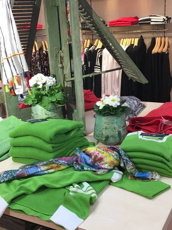 Frühlingsfarben - die neue Mode finden Sie in Eppingen bei Klassik & Mode.