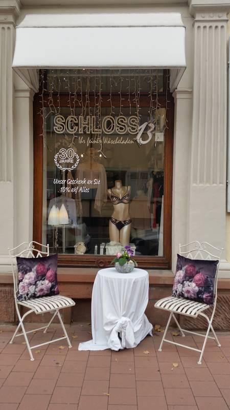 Feine Mode für zuhause finden Sie bei Schloß 13 in Rastatt.