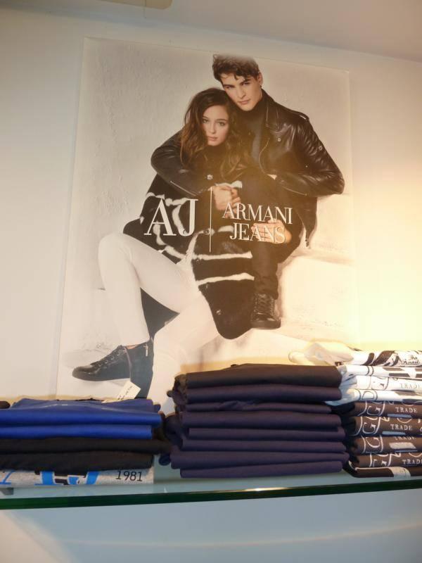 Armani Jeans - lässige, hochwertige Jeans-Mode finden Sie bei Modehaus Reiter in Ludwigsburg.