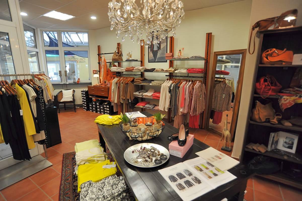 PIA DIETZmode & mehrPia Dietz mode & mehr in Braunfels steht für Mode für Damen mit Stil.