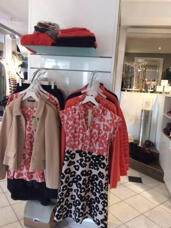 Damen-Mode nicht nur für die Wintersaison - bei Petticoat in Holzgerlingen.