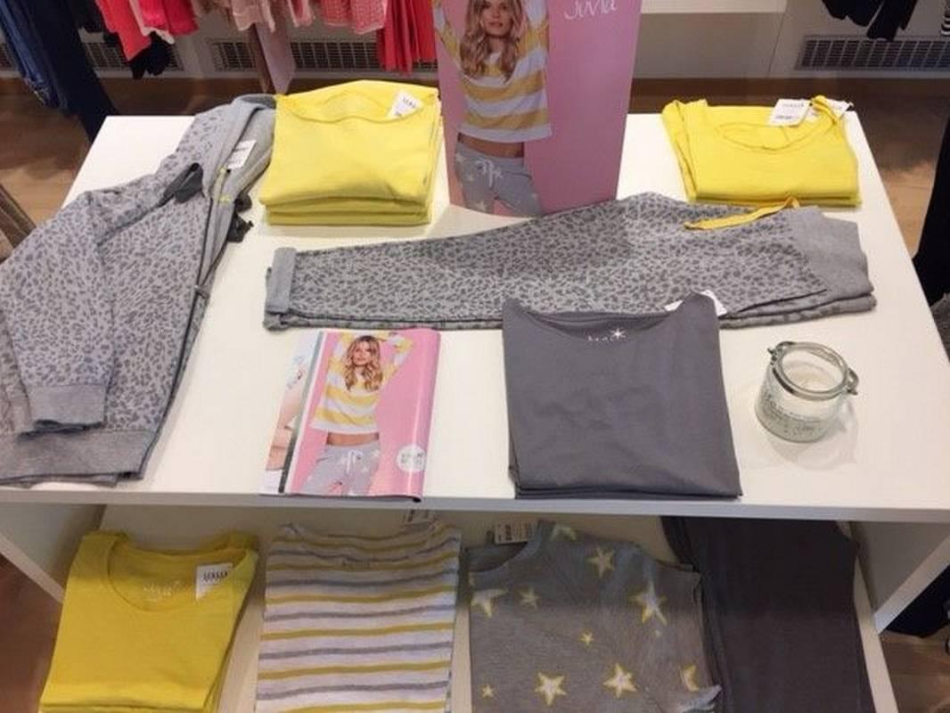Damenmodefür SIE - präsentiert Modehaus Senger in Rastatt.