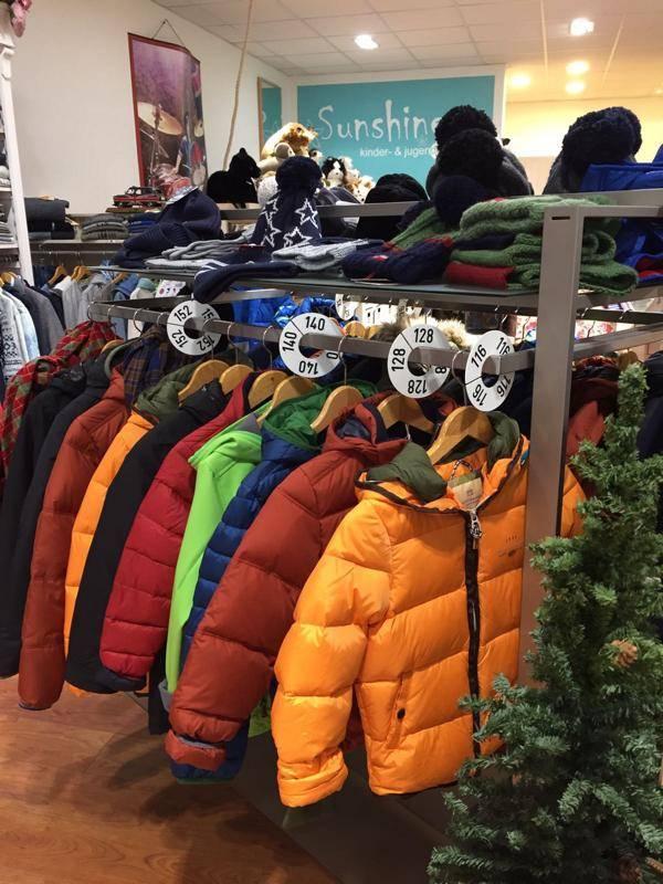 Die große Auswahl an Winter-Mode gibt's bei Sunshine Kindermode in Ettlingen.