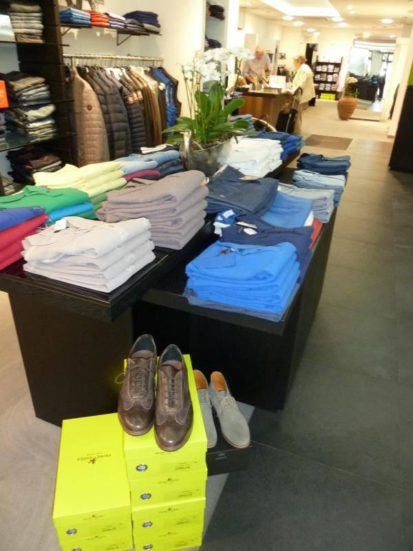 Polo's - Shirtsund Hemden für IHN - die reiche Auswahl finden Sie bei Modehaus Reiter in Ludwigsburg.