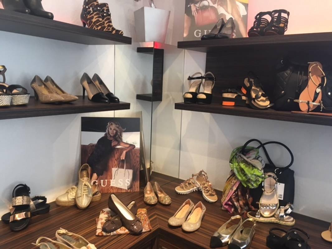Feine Schuhmode für Damenfinden Sie bei La Boutique in Aalen.