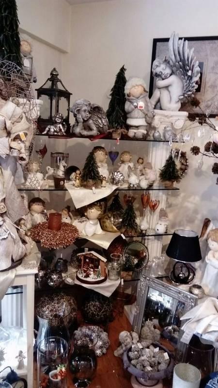 In Baiersbronn finden Sie bei Gunda Roth Mode, Wohnaccessoires und mehr...